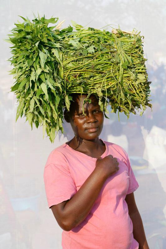 DAN NELKEN United States / HeadStrong - The Women of Rural Uganda