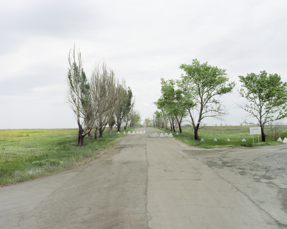 Road to Marioupol, May 2018 from the series Life goes on, 2019